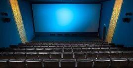 El factor que más influye en la elección de la película en el país son los comentarios de amigos o conocidos. Foto: Pixabay