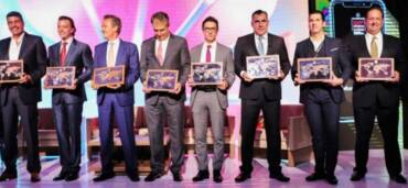 La Cumbre Las 1000 Empresas Más Importantes de México reunió a empresarios de diversos sectores que impulsan a la economía del país. Foto EE: Twitter Mundo Ejecutivo