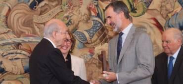 El segundo de tres hijos varones de los inmigrantes asturianos Jerónimo Arango Díaz y María Luisa Arias, nació el 15 de mayo de 1931 en Tampico, México. Foto: Europa Press