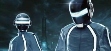 Daft Punk revive el soundtrack de TRON: legacy. Crédito Facebook Daft Punk